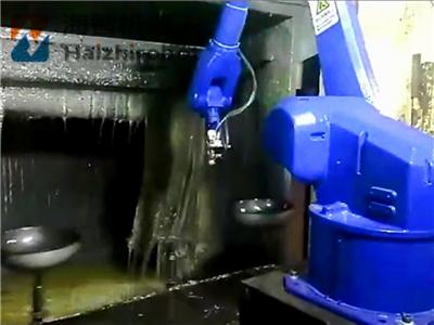 炒锅喷漆机器人