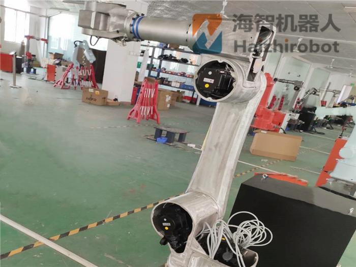 工業機器人成(cheng)本要多少跑别人?機械手臂(bi)成(cheng)本分析!