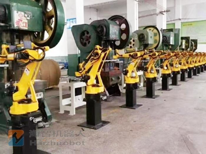 4关节冲压机械手生产线 冲床机械臂应用(图1)